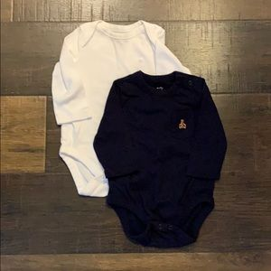 Infant long sleeve body suits.